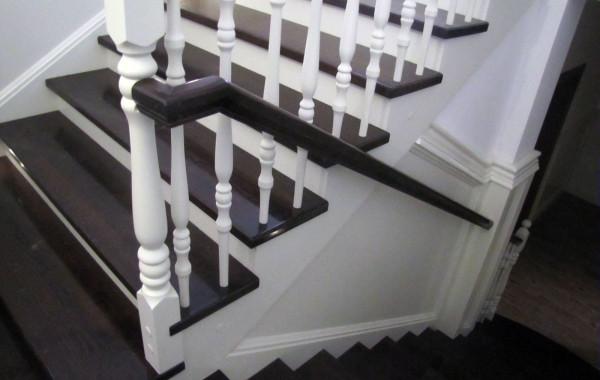Schody dębowe – Hotel Fijewo