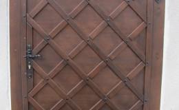 Kościół w Papowie – Drzwi  (1)