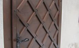 Kościół w Papowie – Drzwi  (2)