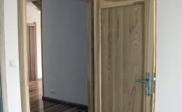 Drzwi-jesionowe-dwie-plyciny-lakierowane-bezbarwny-gori–(8)