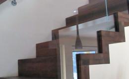 Dywanowe-Merbau-szyba-bezpieczna-hatrowana-do-stropu-wpuszczana–(8)