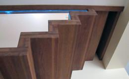 Dywanowe-Merbau-szyba-bezpieczna-hatrowana-do-stropu-wpuszczana–(9)