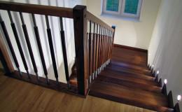 G-D-Jesionowe-na-beton-z-podestem-tr-drewniana-toczona-z-inox-Braz—kolor–(4)