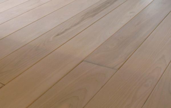 Podłoga drewniana, jesion bielony