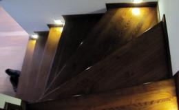 Rumia-Jesionowe-na-beton-z-podstopniami-jesionowe-z-listwowaniem-(15)