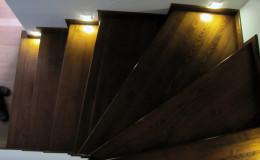 Rumia-Jesionowe-na-beton-z-podstopniami-jesionowe-z-listwowaniem-(16)