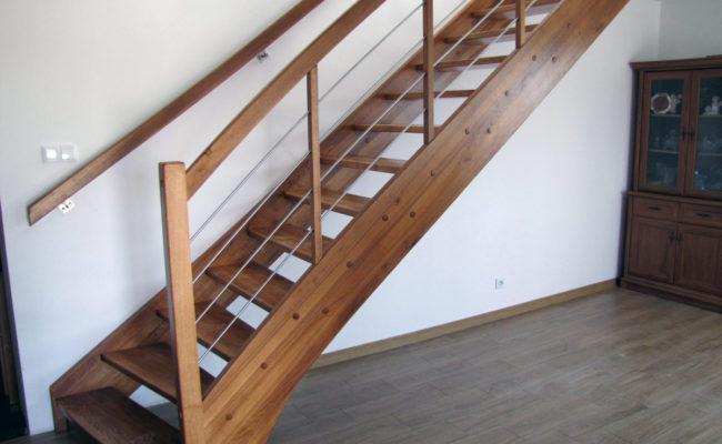 Jesionowe-Proste-kolor-23-48-balustrada-drewno-prety-inox–(9)