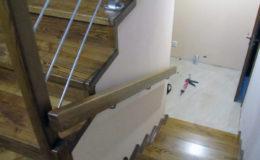 Wloclawe-schody-na-beton-CNC-po-skanowaniu-Balustrada-stal-nierdzewna—drewno-jesion-(11)