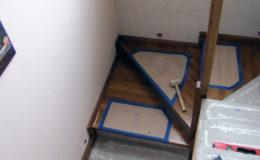 Wloclawe-schody-na-beton-CNC-po-skanowaniu-Balustrada-stal-nierdzewna—drewno-jesion-(4)