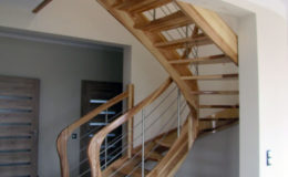 schody-q-giete-jesionowe-grudziadz-balustrada-ptery-inox-kolano-start-16