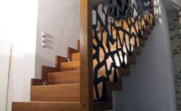 schody-q-dywanowe-debowe-konglomeretl-lvl-malowane-czarno-4