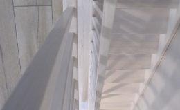 Schody Q.PL Gdansk Jesion bielony , tralka kwadrat (10)