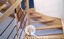 Schody-Q-Jesionowe-Policzkowe-samonosne-Olejowane–Balustrada-Czarne-prety-stal-Slupno–(9)