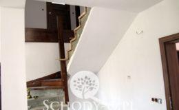 Schody-Q.pl-Na-beton—po-skanowani-i-CNC-Jesionowe-orzech-tr-walek-inox-Kostrzyn-(9)
