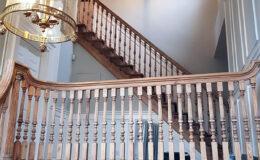 Stairs Q Londyn Jesionowe stylowe , rzezbione Omega tralka (1)